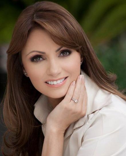 Photos of Latino Stars •: • Angelica Rivera •