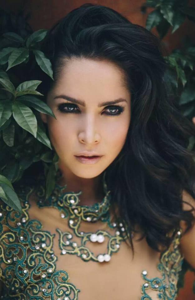 Carmen villalobos celebrity pictures