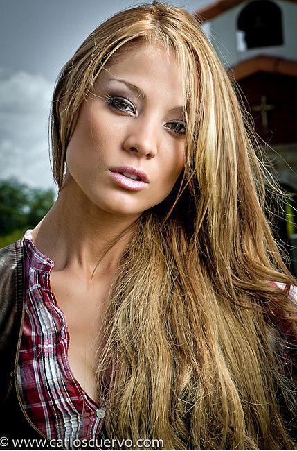 http://www.telenovely.net/wp-content/gallery/celebrity/carolina-tejera/ctejera228.jpg