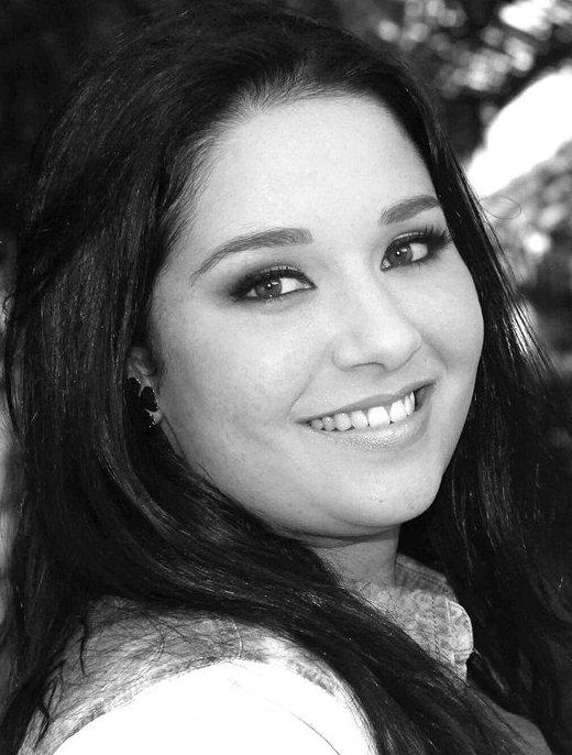 течении всей актриса даниэла альварадо фото бюгельный
