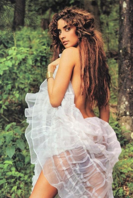 http://www.telenovely.net/wp-content/gallery/celebrity/paola-nunez/paolanunez020.jpg