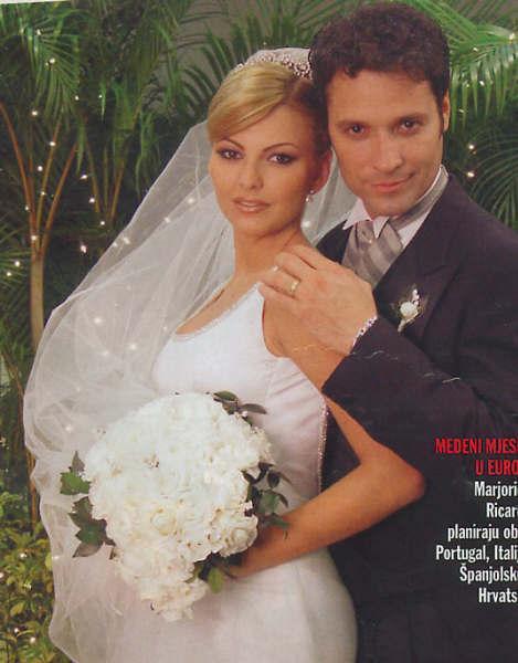 http://www.telenovely.net/wp-content/gallery/celebrity/ricardo-alamo/ralamo14.jpg