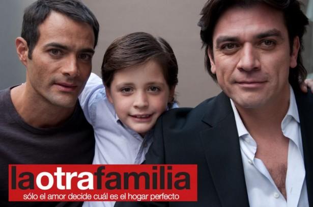la-otra-familia04